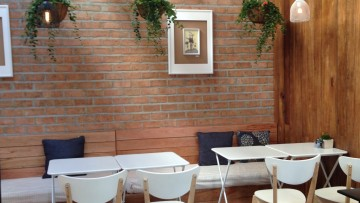 รีวิวร้านกาแฟเชียงราย | หลานติ๋ม คาเฟ่ เชียงราย  Laan – Tim's Café & Gallery